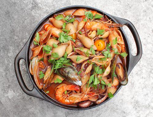 Cioppino紅酒海鮮貝殼湯麵